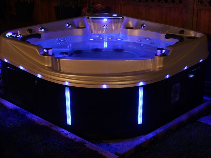 What is the Best Hot Tub for Canadian Winters?