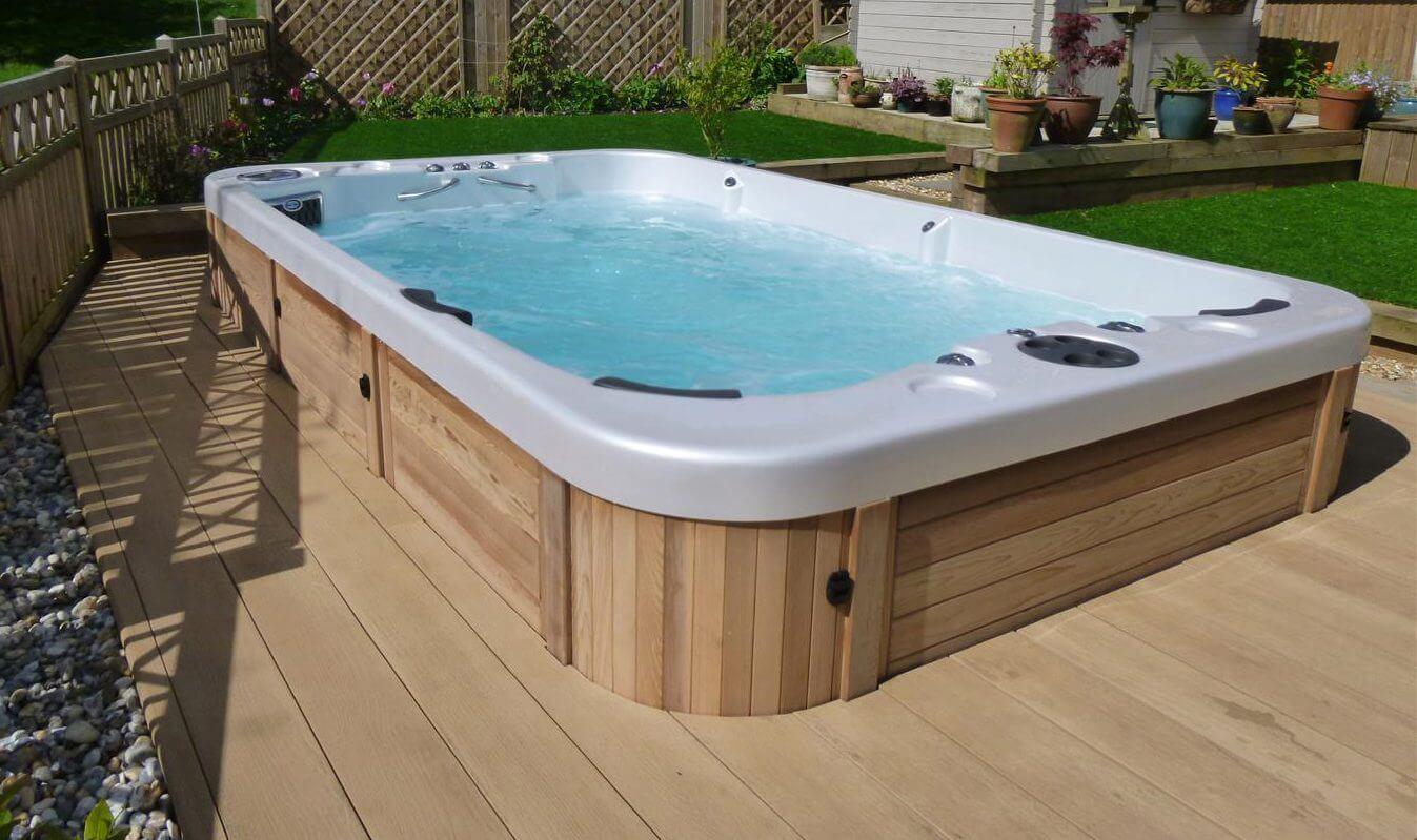review of coast swim spas hot tubs ontario. Black Bedroom Furniture Sets. Home Design Ideas